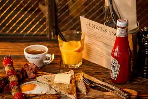 Breakfast at Jenkins & Sons
